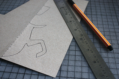DIY Pop-up Reindeer Holiday Card | Design and Paper