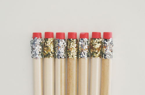 Glitter pencils. I think I need these! Via