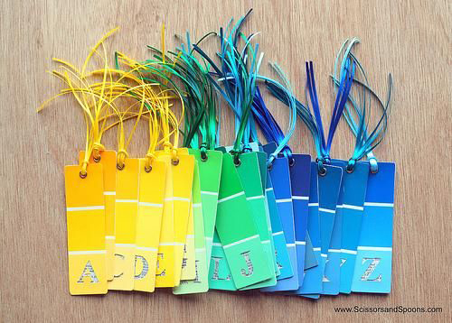 Alphabet bookmarks in a rainbow of colors. You could use different colors for different school subjects: green fro geography, blue for history etc. Via
