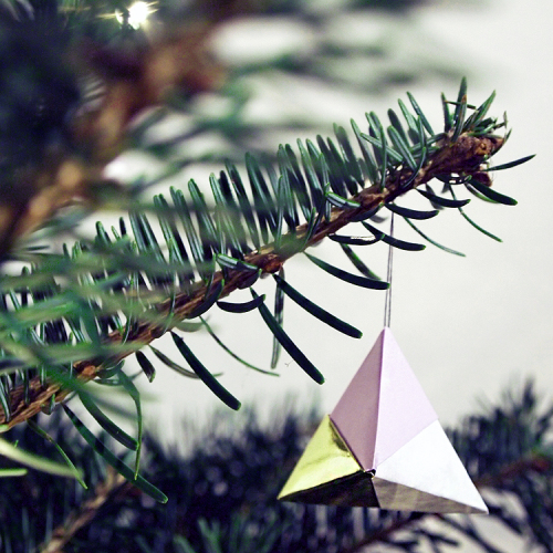 Origami Christmas Ornaments | Apartment Therapy | 500x500