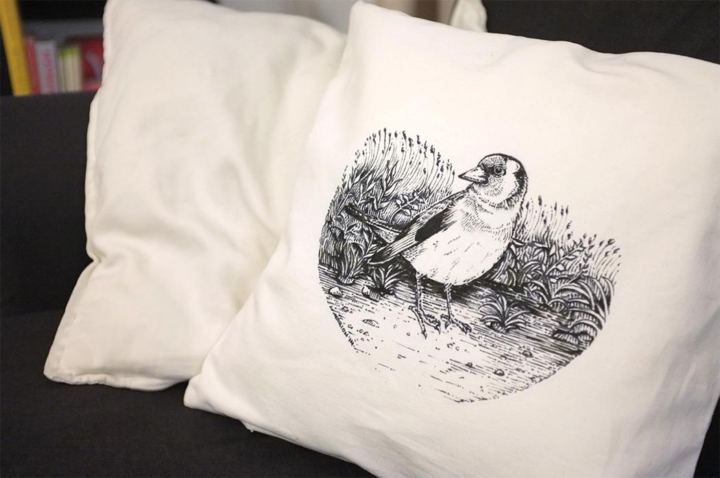 bird-cushion-Marion Kamper 2