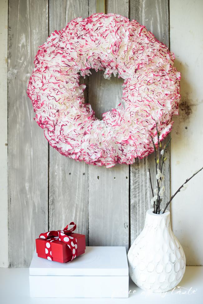 Coffee-paper-wreath-Valentine-wreath-1-3