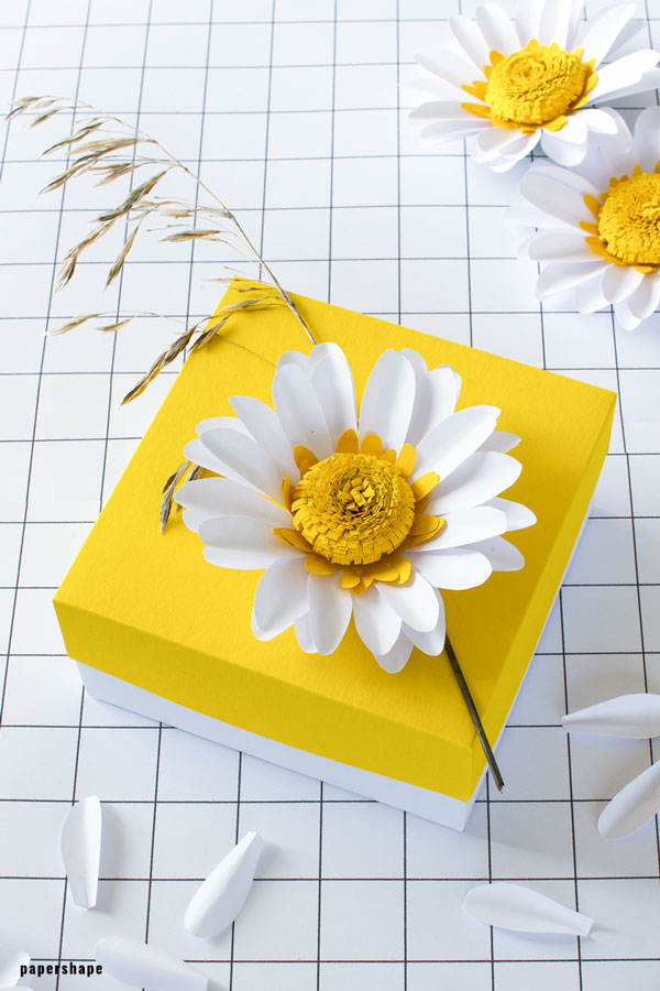 10 DIY Paper Flower Tutorials to Help Bring the Outdoors Inside