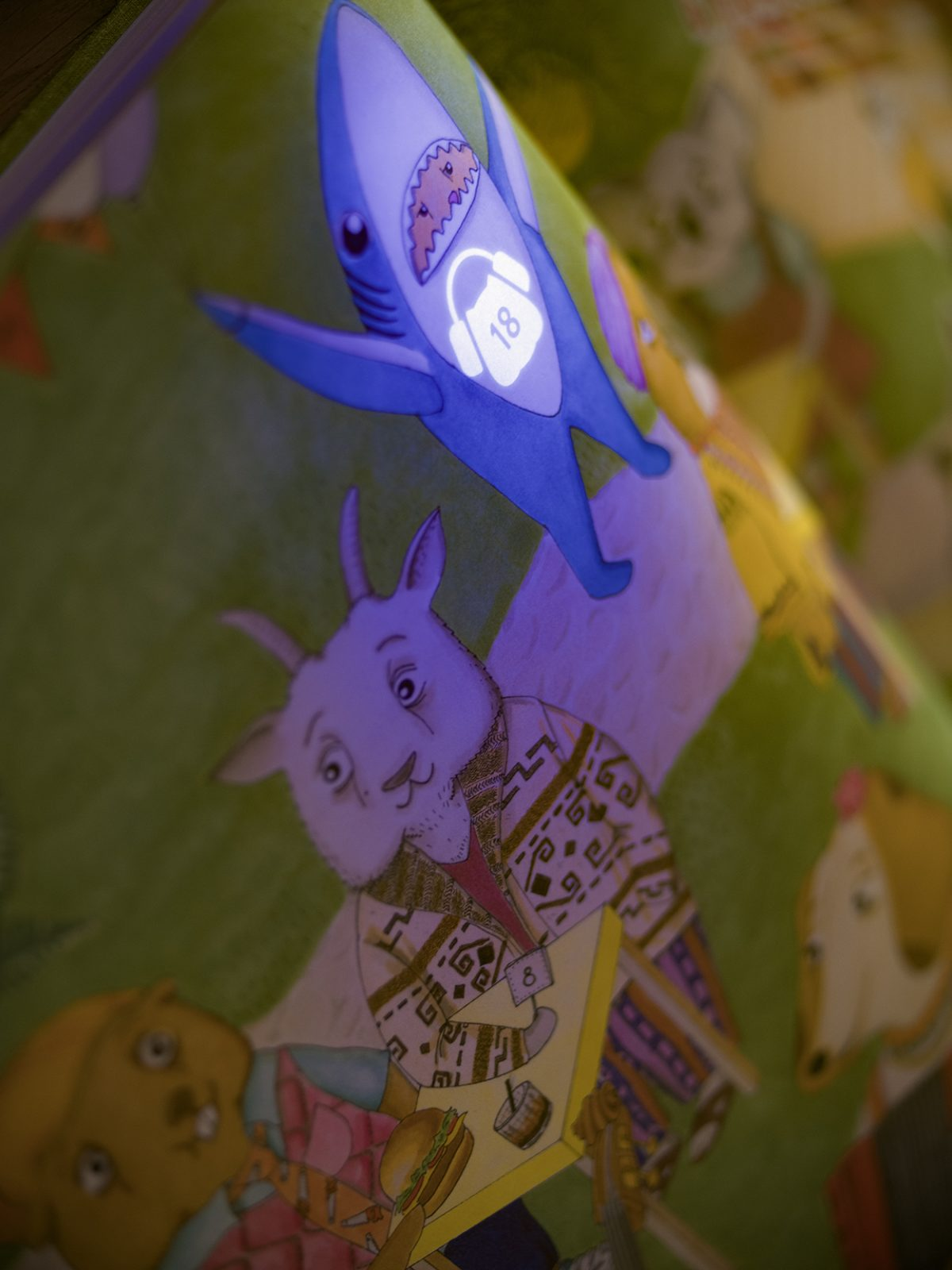 An Unconventional Children's Book Soft Opening Reveals its Secrets With a Blacklight