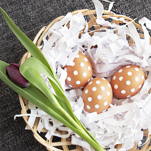 D I Y Ideas For Easter Table Decorations Design And Paper